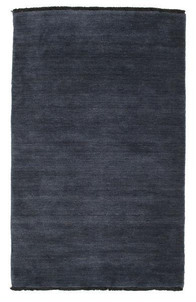 Handloom fringes - Mørk blå teppe CVD5456