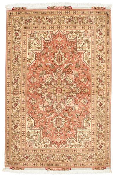Tabriz 50 Raj Matta 103X159 Äkta Orientalisk Handknuten Ljusbrun/Ljusrosa (Ull/Silke, Persien/Iran)