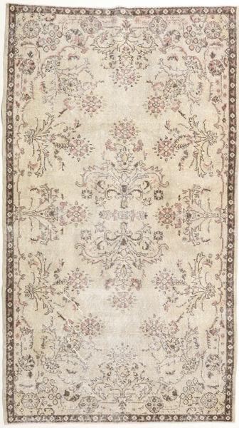 Colored Vintage carpet BHKZK345