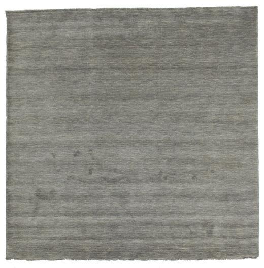 Handloom fringes - Tummanharmaa-matto CVD14025