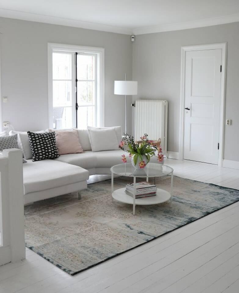 Biały,  dywan a-w aqua home jasny 500000 w duży pokój.