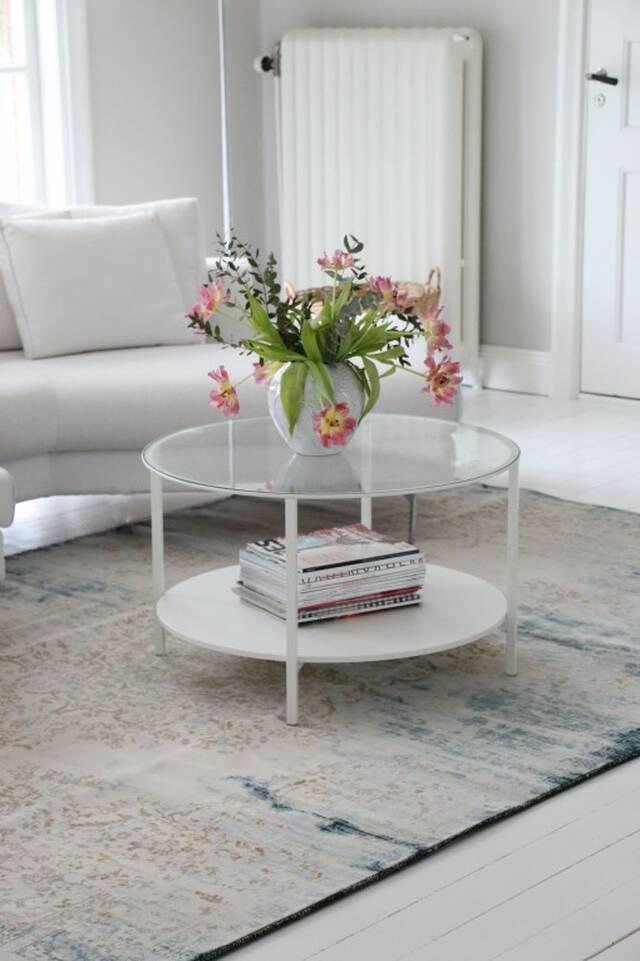 Valkoinen  a-w aqua home vaalea 500000 - matto olohuone.