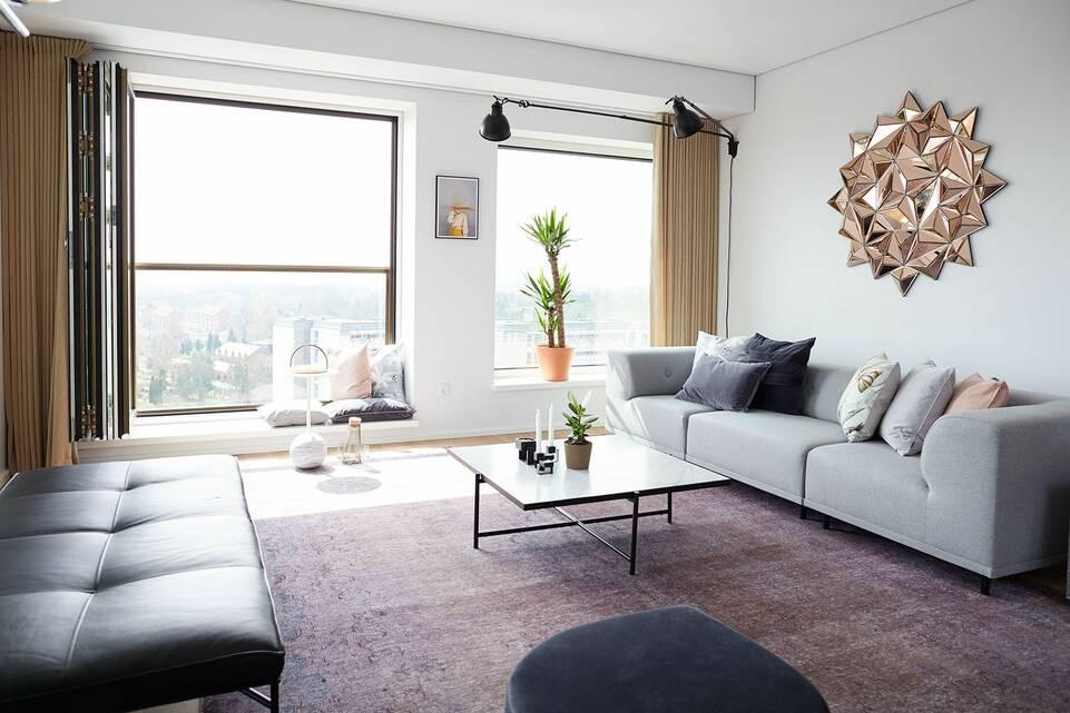 Musta / harmaa pitkulainen colored vintage - matto olohuone.