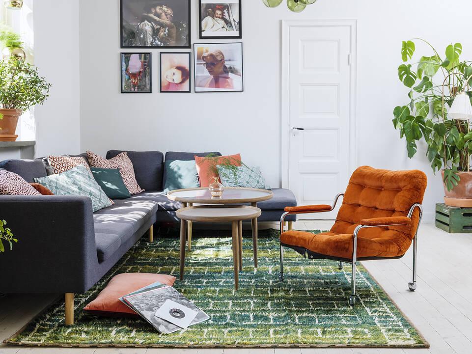 Grønt  barchi / moroccan berber - afganistan - tæppe  i en stue.