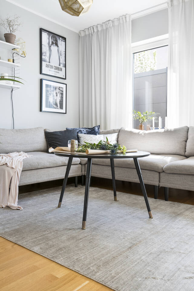 Svart / grå bambu silke handloom - Matta i vardagsrum.