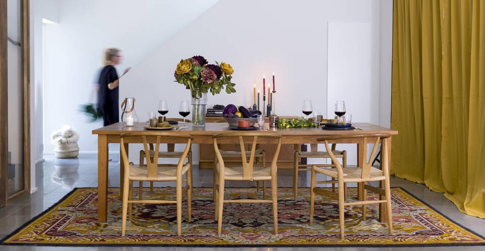 Ruskea / keltainen  ruusukelim moldavia - matto ruokasali.