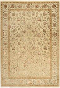 Tabriz Royal Magic Matta 168X244 Äkta Orientalisk Handknuten Ljusbrun/Mörkbeige ( Indien)