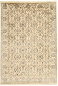 Tabriz Royal Teppe 184X271 Ekte Orientalsk Håndknyttet Lysbrun/Beige ( India)