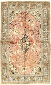 Ghom Zijde Tapijt 144X230 Echt Oosters Handgeknoopt Lichtbruin/Beige (Zijde, Perzië/Iran)
