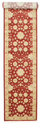 Farahan Ziegler - Rød tæppe RVD9685