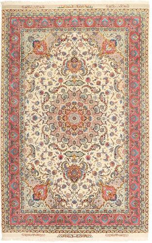 Tabriz#70 Raj silkerenning Signature : Rahimi Tarhe eghbal teppe AXVZZH113