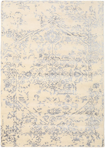 Antique Persian - White / Grey carpet CVD18899